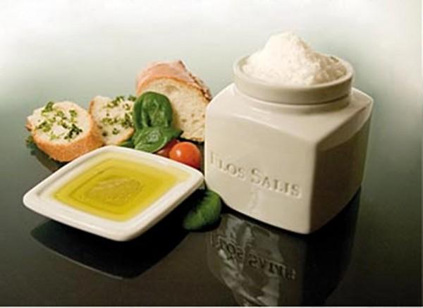 Flos Salis - Tisch-Salz-Gefäß Flos Salis® groß Flor de Sal-Auslese &Olivenöldippschälchen