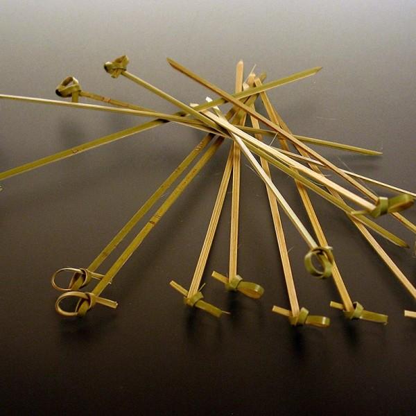 Deli-Vinos Kitchen Accessories - Bambus-Spieße mit Knotenende grün 18cm